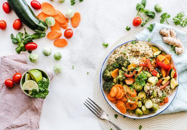 Les 5 ingrédients de base pour cuisiner sainement